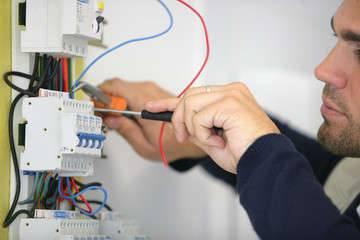 eletricista em santo andré, eletricista residencial em santo andré, eletricista comercial em santo andré