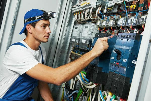 eletricista-em-são-bernardo-eletricista-condominial-eletricista-condominial-em-são-bernardo-eletricista-condominial-em-são-bernardo-do-campo-eletricista-condominial-no-abc..jpg